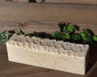 Goat Milk Honey & Oatmeal Handmade Cold Process Soap Loaf - 100% Natural Soap - Goat Milk Soap - Shea Butter Soap - Exfoliating Soap - UK