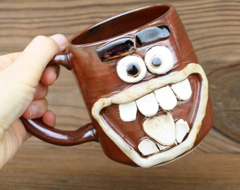 Buck Teeth Face Mug. 18 Oz Oversize Large Beer Stein. Ceramic Stoneware Pottery. Big Coffee Cup in Cinnamon Spice Red Brown. Gifts for Him.