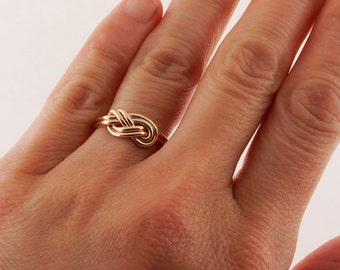 Climbing Knot Ring - Solid Gold Ring - Promise Ring for Her - Celtic Knot Ring - Infinity Ring - Eternity Ring - Dainty Ring