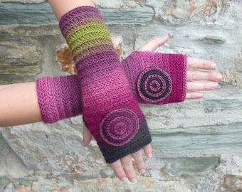 """Fingerless gloves crocheted """"Burgundy"""" Green""""- one size"""