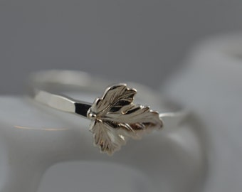 Sterling Silver Tiny Leaf Ring