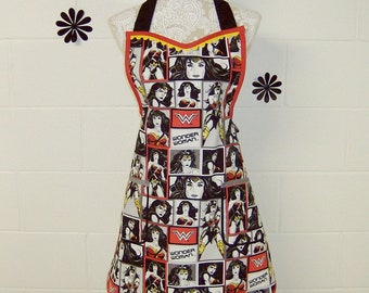 Wonder Woman / Wonder Woman Apron / Marvel Comic Strip Print in shades of grey, black & red / Women's Gift / Mothers day gift /#C-02
