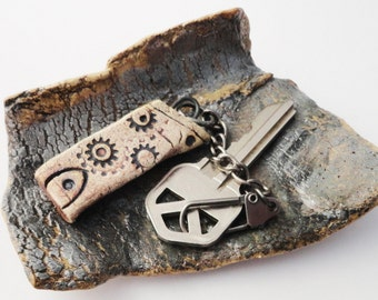 Dark House Keychain,Tiny Weird Clay House, Haunted,Blackened Burned Pottery Cottage, Strange Crooked , Gift for Him, Zipper Charm HKY