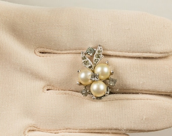 Jomaz Pearl and Rhinestone Clip Earrings Set in Silvertone backing, Small earrings, Grey white pearls, Flower theme with leaves, Beautiful