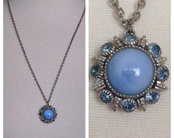 Vintage 1980's Baby Blue Sun Burst Style Stone Rhinestone Pendant Necklace Unmarked
