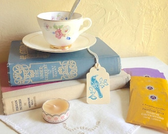 Mother's Day Gift Tea Lover Book Lover Gift Box Matching Tea Cup and Saucer 2 Vintage Books Tea Bags Candle Bookmark Silver Spoon Vintage l