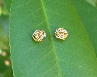 Gold wire Knot Stud Earrings.