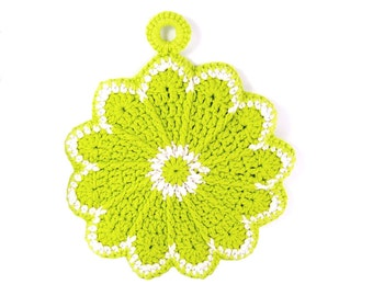 Crochet Potholder, Trivet, Hot Pad, Kitchen Doily, Slice of Lime, Green and White, Vintage Design