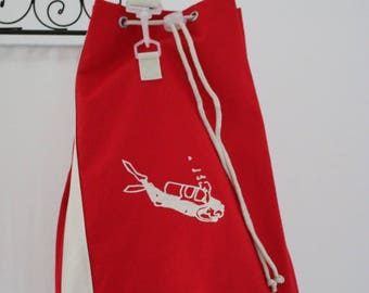 Great backpack red spirit boating, embroidered with a scuba diver (gift for man, father's day, boat, sea, beach)