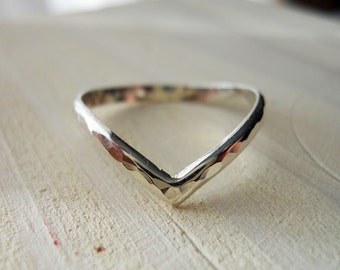 Chevron Ring V Ring 925 Sterling Silver Hammered
