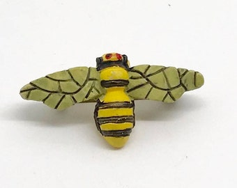 Vintage Figural Molded Bumble Bee Brooch