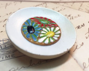 Hand Painted Wood Button - Large Flower Button - Vintage Wood Flower Button - Vintage Painted Button - Collectible Button - 1 Button - P132