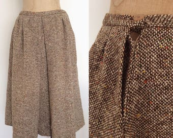 1970's Brown Tweed Full Skirt Size Small Medium by Maeberry Vintage