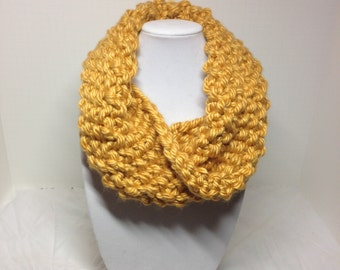 Chunky Infinity Cowl, Golden Yellow