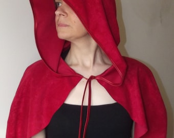 Little Red Riding Hood Capelet Archer Cape Cloak for Adult Hunter Cosplay Valentine cupid