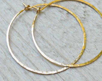 1.5 inch Gold filled Hoop Earrings, 18G Hammered Hoops, Yellow Gold Fill Hoops, 1.5 inch Diameter, Modern, Boho, Skinny Hoops, Gift Under 35
