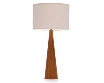 Oak wood table lamp Cone shape 61cm
