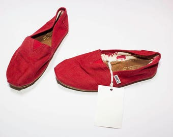 Toms red sneakers and a half number 37