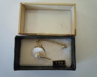 Nice 1950s Golf Ball Tie Pin in Original Box
