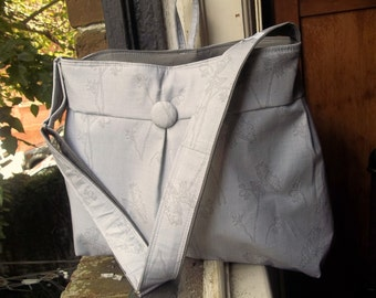 Grey Diaper Bag - XL - 6 Pockets - Reversible - Adjustable Strap