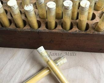 Yellow Ochre pigment 2.5 inch tube