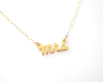 Tiny Script Mrs Necklace - 1029