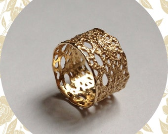 Lilibet lace ring in 14k solid gold