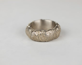 the trunk ring wedding band