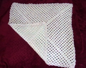 Crochet Baby Coverlet.White with Specs