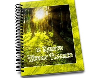 12 Months Weekly Planner: Undated Weekly Planner | 2 pages per week | Notes | Forest Walk
