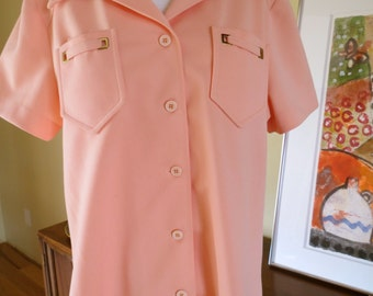 """vintage new with tag Sir Julian woman's Textured Polyester Button Front Shirt. Apricot Peach color. size 18 42"""" bust"""