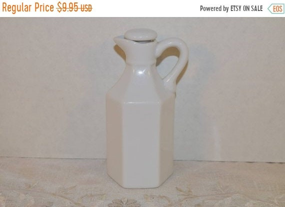 Delayed Shipping Xcell China White Cruet Vintage White Milk Porcelain Pitcher with Stopper Hexagonal Bottle White Milk Cruet Farmhouse Kitch