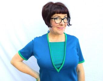 Retro Blue and Green Mod Top, 60s Double Knit Short Sleeve Shirt, 1960s Retro Girl Geek Women Size L, Jackpot Jen Vintage