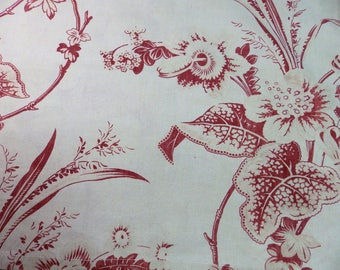 Unusual floral design on this vintage fabric.