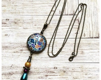 Bohemian and floral cabochon necklace