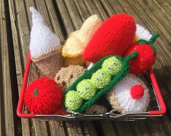 Hand Knitted Children's Grocery Shop/KnittedToys/Food/Play/Display/Toyfood