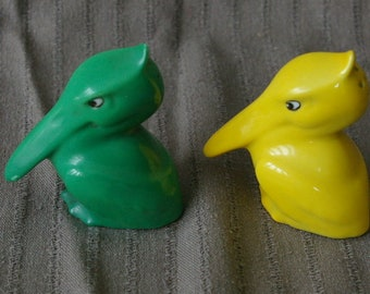 Vintage Pelicans Salt and Pepper Shakers Green Yellow