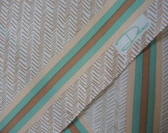 Vintage 1970s polyester scarf Desco 8 x 68 inches