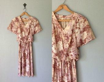 Vintage CARNELION Dress •1970s Clothing •Sheer Knee Length Flutter Sleeve 70s Mauve Pink Floral Print Skirt • Women SizeSmall Medium
