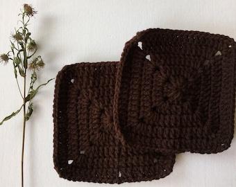 Brown acrylic crochet sponges