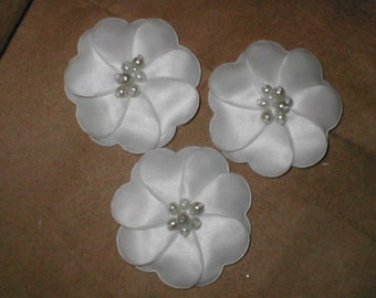 lot of 3...Flower appliques white or ivory