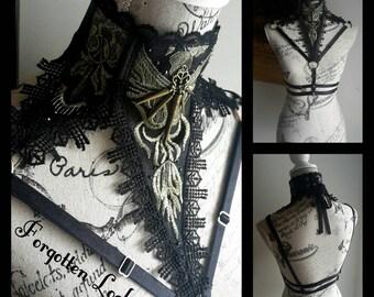 The empress choker harness