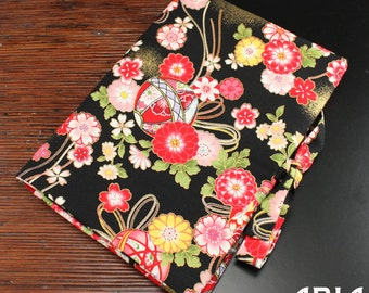 TRIFOLD WRAP: Tri-fold Tool, Bead and Jewelry Wrap - Handmade by Kan Designs in Japanese Print Fabrics - (TWL-036)