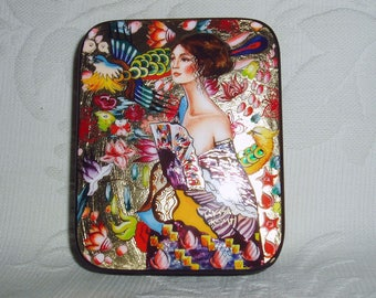 "Russian small Lacquer box Art Deco "" Lady with a fan "" by G. Klimt Hand Painted"