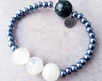 Shale pearl bracelet