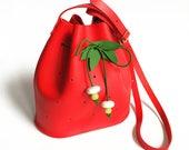 La Lisette strawberry mini leather bucket bag kids bag fruit bag red leather bucketbag