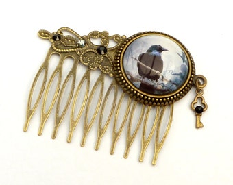 Gothic hair comb with Raven in gray bronze, Halloween hair accessories, hair comb bird, exclusive, cabochon jewelry, gift for her
