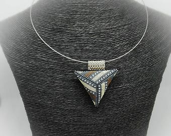 The Choker necklace with 3D peyote stitch triangle pendant