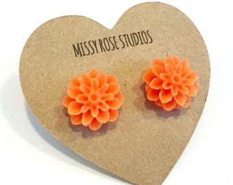 orange flower earrings, earrings handmade, large stud earrings, dahlia earrings, best friend gift, gift for mom, gardener gift, nature gift