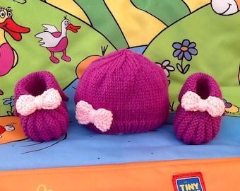 Beanie Baby booties knit baby gift newborn baby knitting wool